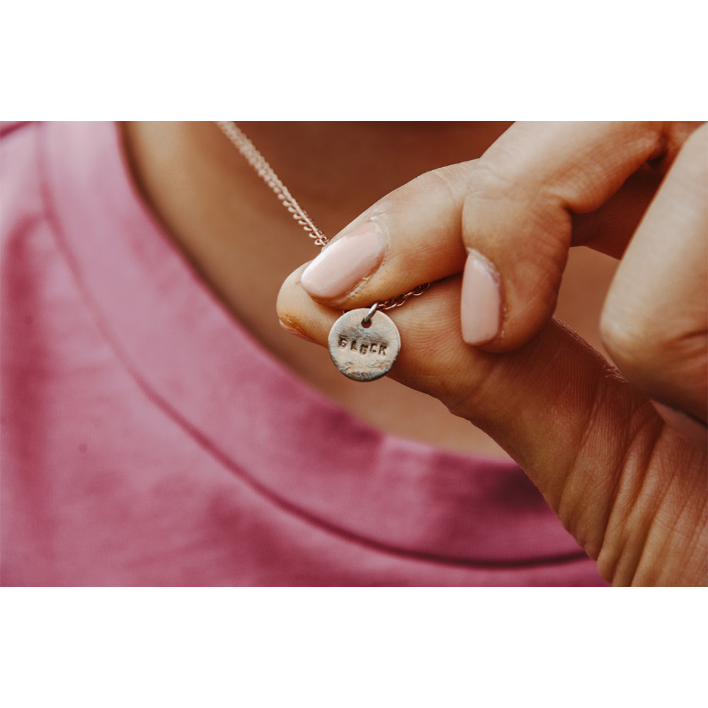 "kOmMa5 Halskette ""Glück"""