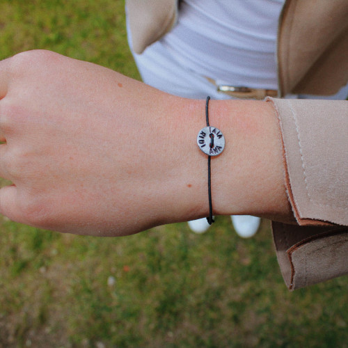 "kOmMa5 Armband ""AMA VIVI RIDI"""