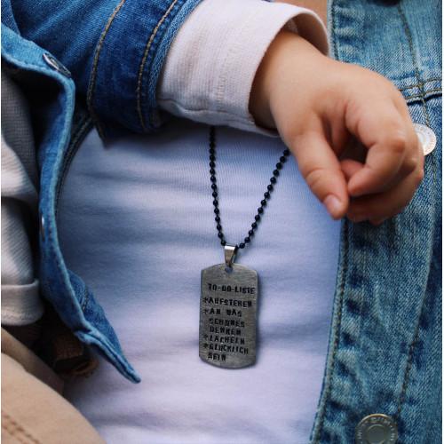 kOmMa5 Navy-necklace...