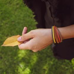 hello autumn, you are so beautiful 🍂 wir lieben ja den herbst mit seinen wunderschönen, bunten farben 😍  was ist denn deine lieblingsjahreszeit? kommentiere mit einem der emojis: frühling 🌸  sommer ☀  herbst 🍂 winter ❄ . . #bracelet #armband #bracciale #wemadeyourbracelet #handmadebracelet #handmade #madewithlove #fairproduced #germandesignaward2018 #naturns #südtirol #southtyrol #madeinsüdtirol #madeinitaly #colorful #colors #favoritebracelet #accessoires #jewelry #fashionjewelry #südtirolstartup #helloautumn #autumncolors #colorful