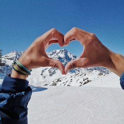 ❄winter sale ❄⠀ .⠀ bis zu -50% rabatt ✨⠀ .⠀ .⠀ jetzt stöbern >>www.komma5.com<<⠀ .⠀ .⠀ #wemadeyourbracelet #fairproduced #madeinsüdirol #naturns #komma5 #wintersale #ausverkauf #rabatt
