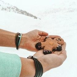 ❄️⠀ .⠀ .⠀ #wemadeyourbracelet #fairproduced #madeinsüdirol #naturns #komma5 #winterzauber #winterwunderland #lebkuchen #kekse